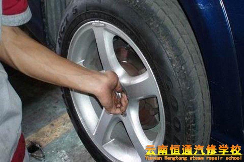换了轮胎的情况下,需要做四轮定位 吗?