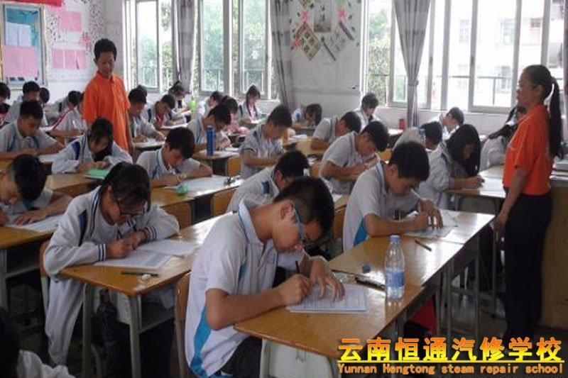 中考真的会被取消吗?普及普通高中阶段教育