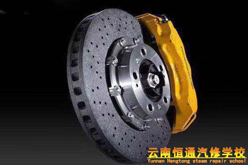 你想知道汽车刹车盘会生锈吗?