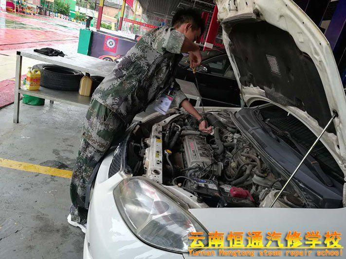 【李文山】在校一个月 我学到了汽车构造的综合实训